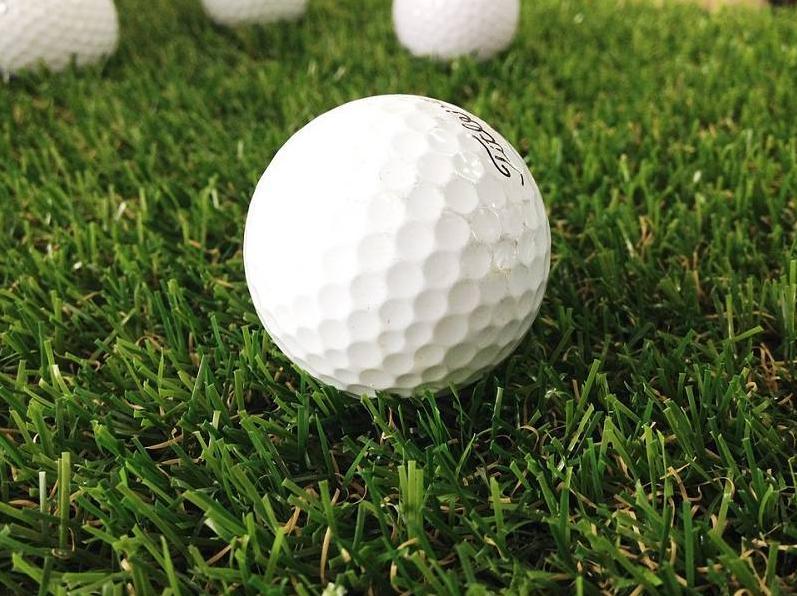 Bóng Golf là gì