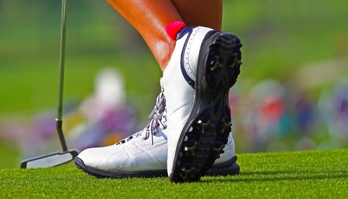 Giày Golf - Món phụ kiện thời trang golf thể hiện đẳng cấp