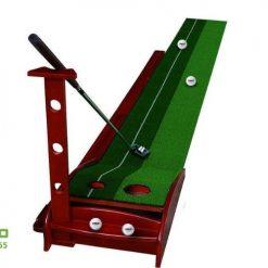 Thảm putt golf gỗ tự động trả bóng